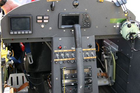 The simple & clean panel includes just a MFD, GPS and backup compass, as well as a basic radio suite