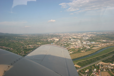 Flying low at around 1500 ft above western Zagreb. Traffic returning from the show normally kept at 2000 feet, so this was a welcome bit of separation