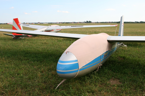 Gliders galore at Lučko. Both GBC (foreground) and GBD (background) sport attractive liveries