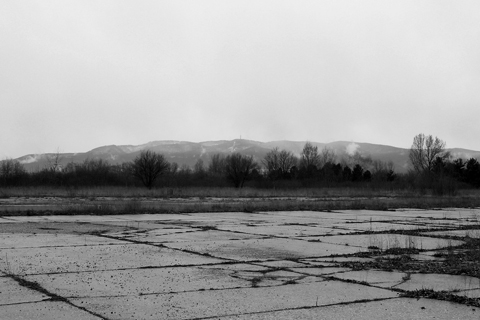 The rain, a biting northern wind, low cloudbase and Medvednica in the distance covered with snow really did leave a bleak, cold and dark feeling when standing there...