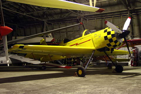 A single florescent bulb quickly transformed our ancient and crowded hangar into a museum :). Fresh and clean after a four-hour wash, 9A-DOG simply looked awesome in this setting