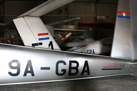 The Maze. Crowded to the point of bursting, the hangar is mainly home to Lučko's glider fleet. GBA is instantly recognisable as a Blanik, while GPA in the back is less easily identifiable as the field's second Pilatus B4. Out back with have 9A-GJA, the SZD Jantar mentioned in the previous post