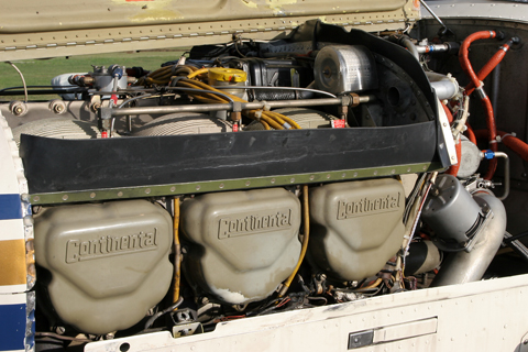 """And finally the """"big guns"""" - the whopping large (as far as these thing go nowadays) Continental IO-550, developing 300 HP in the Beech A36 Bonanza. To put it into perspective, 500 cu in is about 9 liters, which is truck engine range :)"""