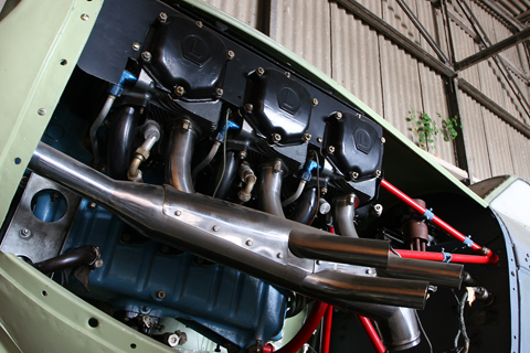 """A numerical oddity is the Aero-3's Lycoming O-435-A, developing 195 HP from six cylinders. Another interesting solution can be seen here - the exhaust pipes all lead into a """"muffling chaber"""", where outside air - fed by the pipe extending from the front of the cowl - is apprently mixed with the exhaust to reduce noise levels"""
