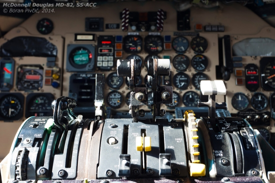 Pure magic! While its essence is the same as that of the DC-9, the MD-80 cockpit is nevertheless significantly more advanced, mostly through the addition of more sophisticated avionics and systems. Compared with the average DC-9, the MD-80 includes an additional Inertial Navigation System (INS), a new digital autopilot panel and new digital radios, improved warning panels and digital fuel readouts. The later Mad Dogs - the 87 and 88 - had gone even further, ditching analogue engine gauges completely in favor of a 737-300/400 setup, and substituting the primary flight instruments with a basic EFIS system also used on said aircraft.