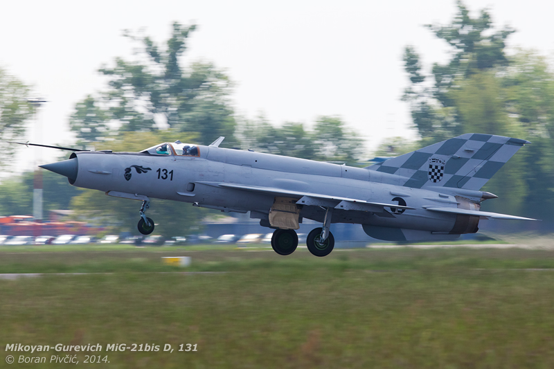 Far from my best work, but an event that had to be captured at all costs - 131's first ever take off from Croatian soil. Preceded by 121 and 122 in full QRA config, 131 would eventually stay aloft for 35 minutes, flexing its wings in the Lekenik Flight Test zone.
