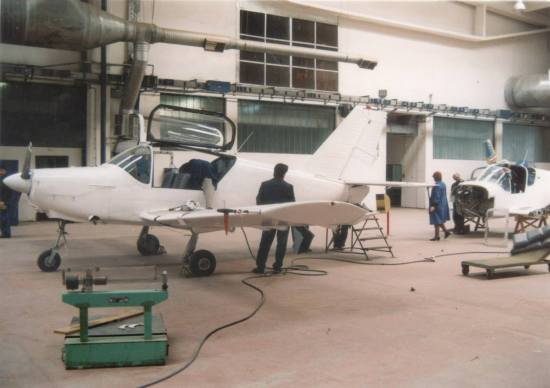 53230 nearing completion in early 1991, with a stock two-seater visible behind (author: unknown, photo kindly provided by Mr. Dragan Kolundžić).