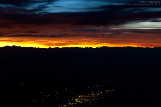 Blue skies, dark clouds, a fiery sunset above the silhouettes of the Alps - and Innsbruck, Austria in the distance... not a band end to another anti-cyclonic day above Europe!