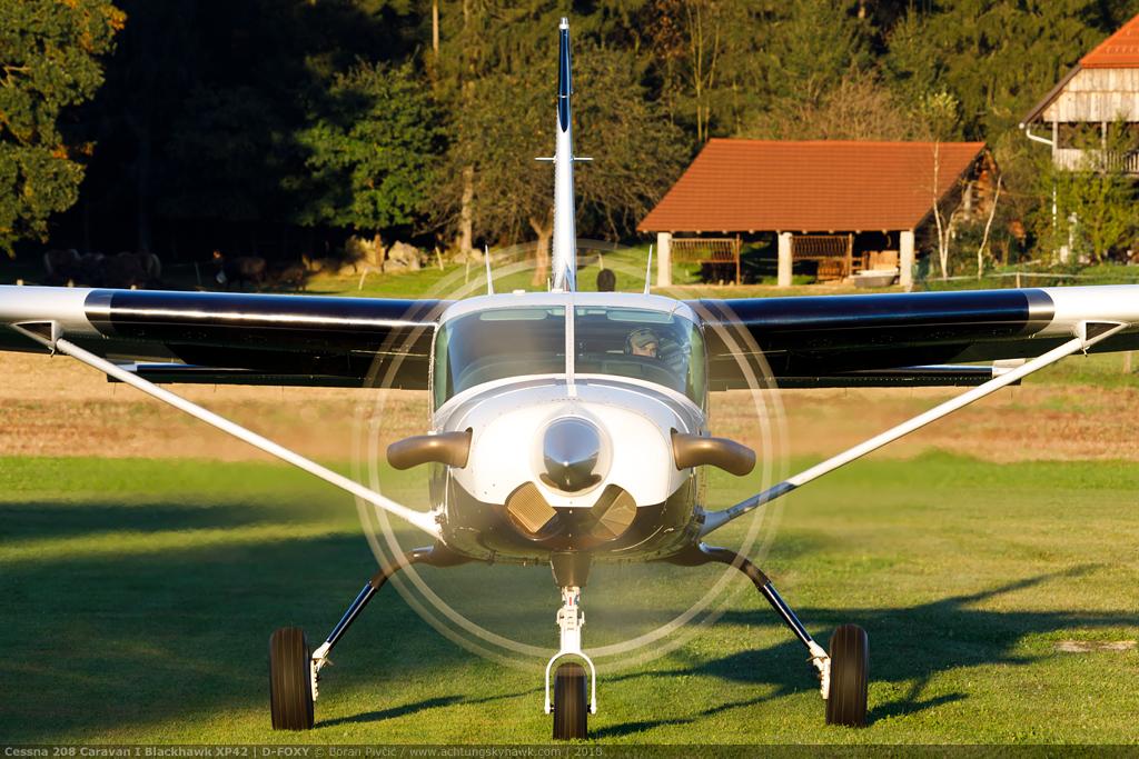 Cessna | Achtung, Skyhawk!